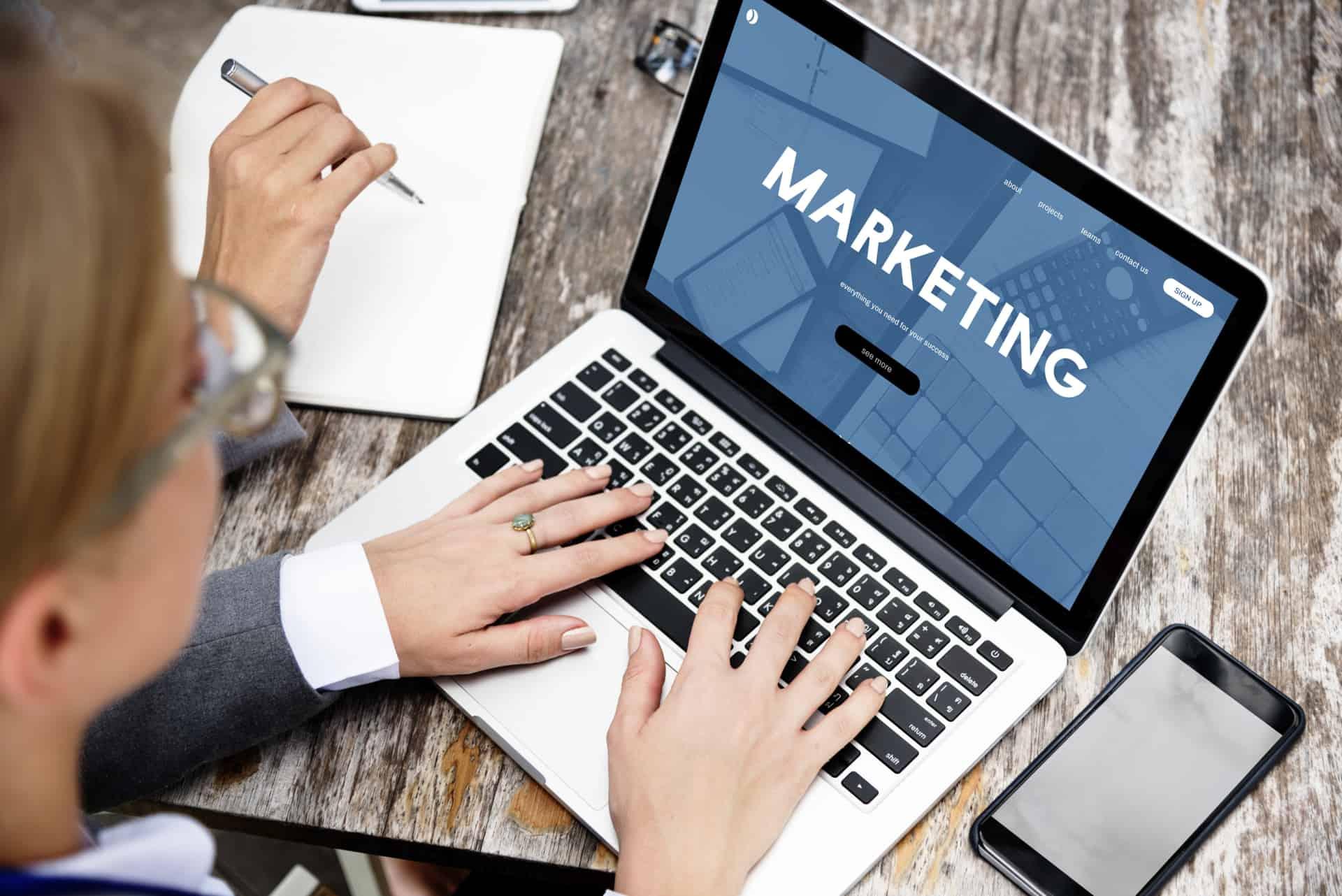 push and pull marketing